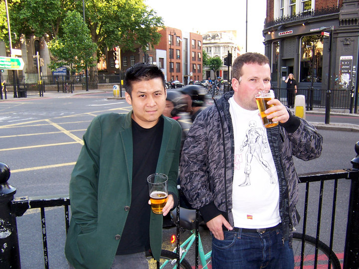 A cheeky pint Shoreditch Highstreet 2004 with two designer twats in the foreground and two scooter twats in the back...