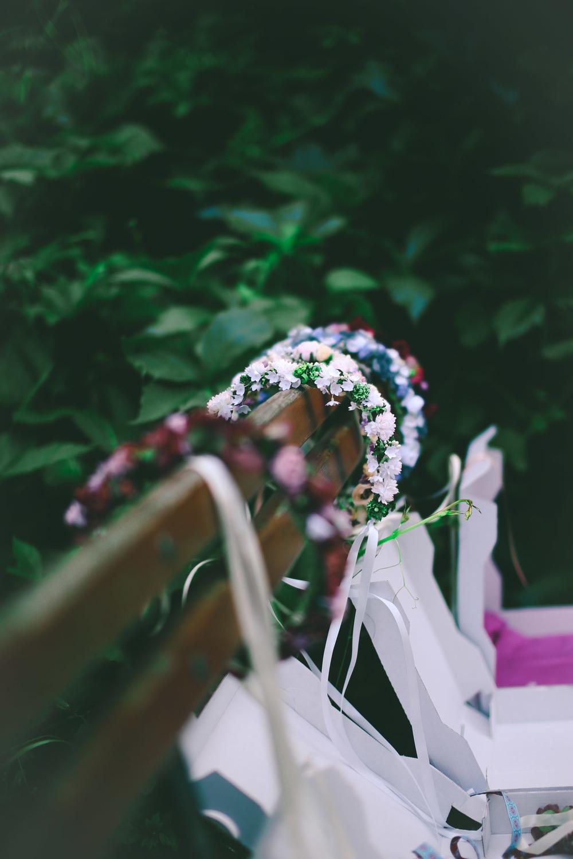 ADA16_Lookbook_(c)_melina_weger_We_are_flowergirls_blumenkranz_trachten_flowercrown_(15_von_40)_HiRes