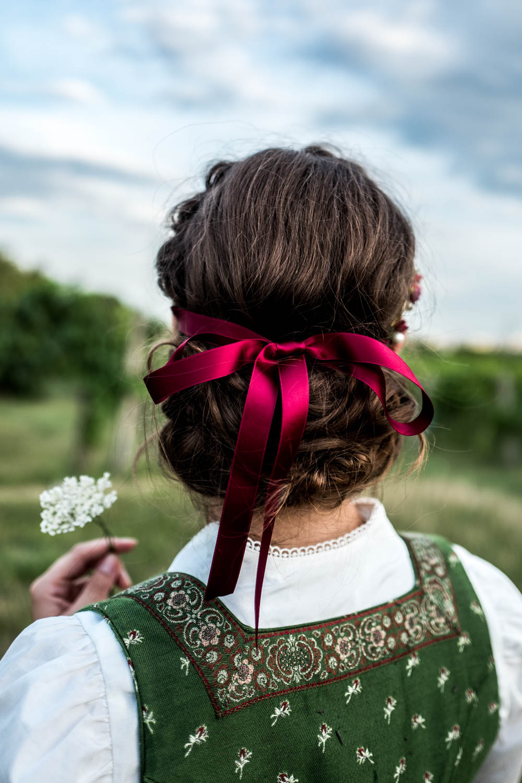Trachtenkollektion_WeAreFlowergirls_Flowercrown_web-1020473.jpg
