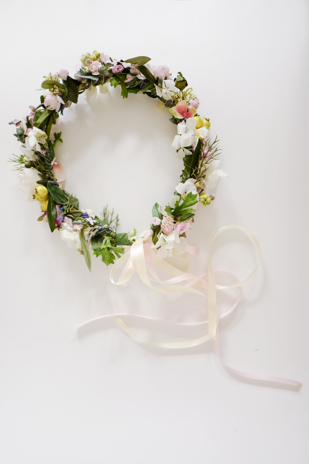 We-Are-Flowergirls_Brides_SS17_Flowercrown_[L1010856].jpg