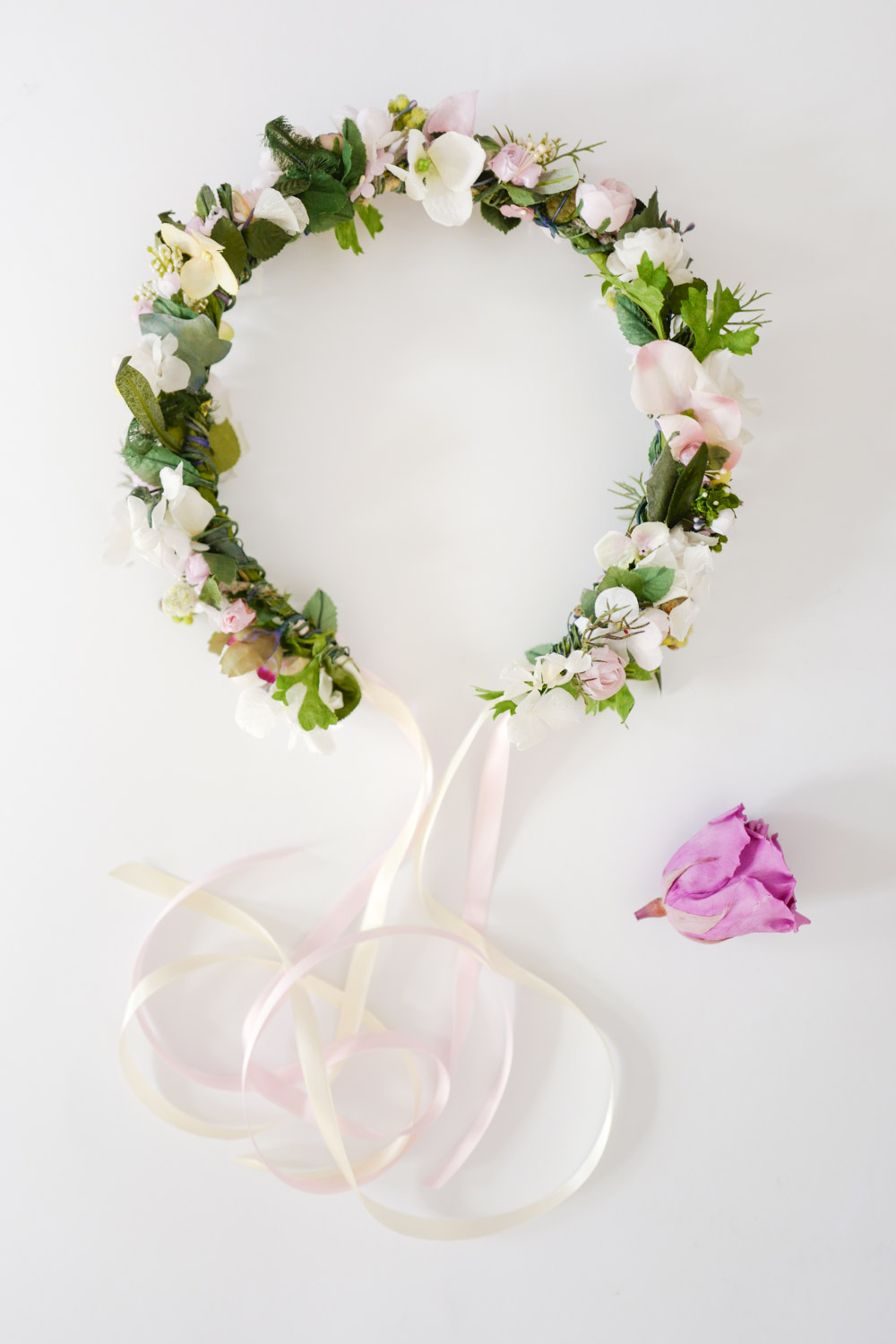 We-Are-Flowergirls_Brides_SS17_Flowercrown_[L1010881].jpg