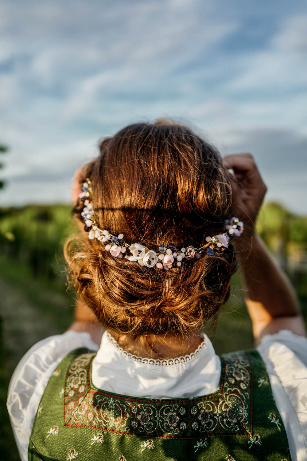 Trachtenkollektion_WeAreFlowergirls_Flowercrown_web-1020601.jpg
