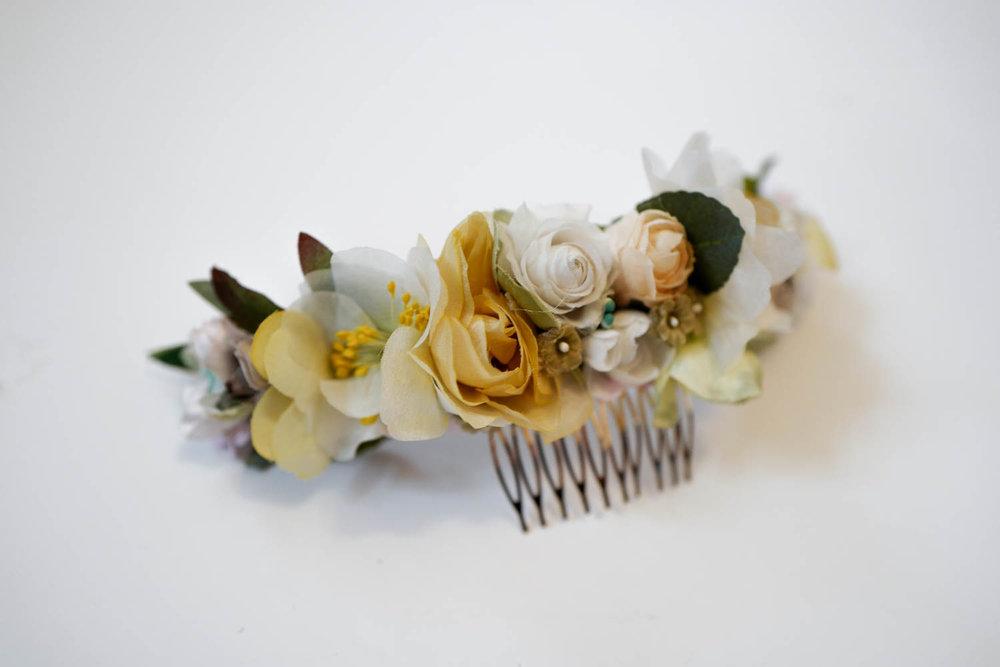 We_Are_Flowergirls_Wedding-Flowercrown-handmade-1080279.jpg