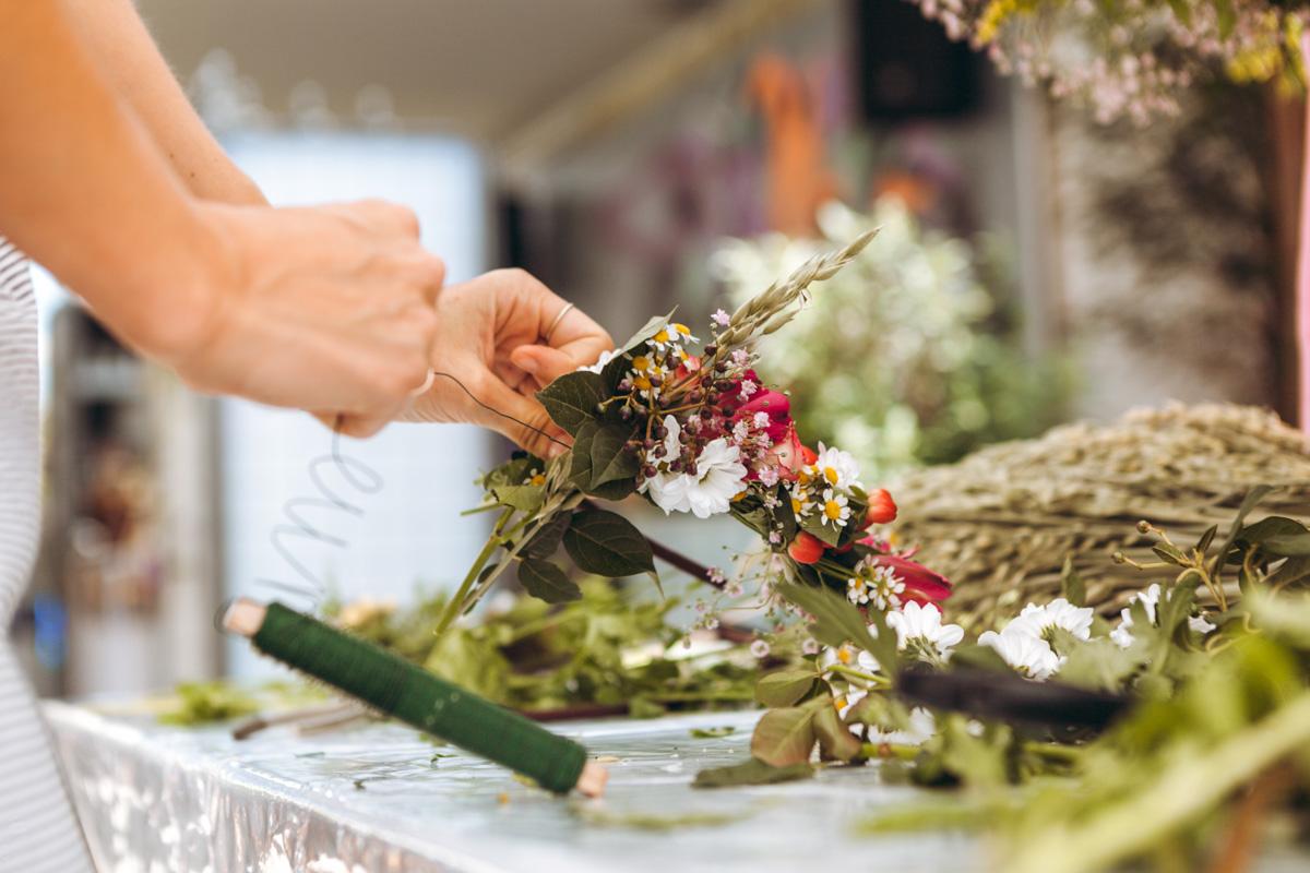 Flower Workshop We Are Flowergirls Custom Handmade Flower Crowns