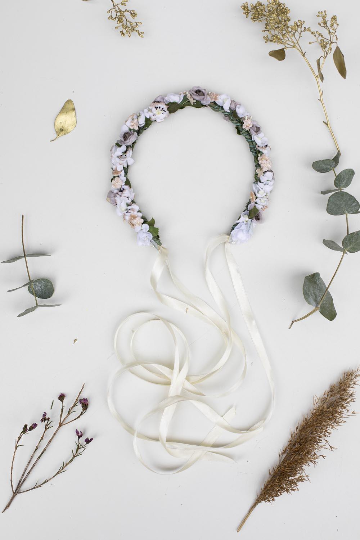 We-Are-Flowergirls-Wedding-Collection-Blumenkranz-Flower-Crown-Calla-2.jpg