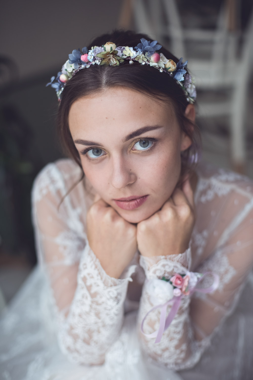 We-Are-Flowergirls_Wedding-Shooting_Headpiece_Isla_2.jpg