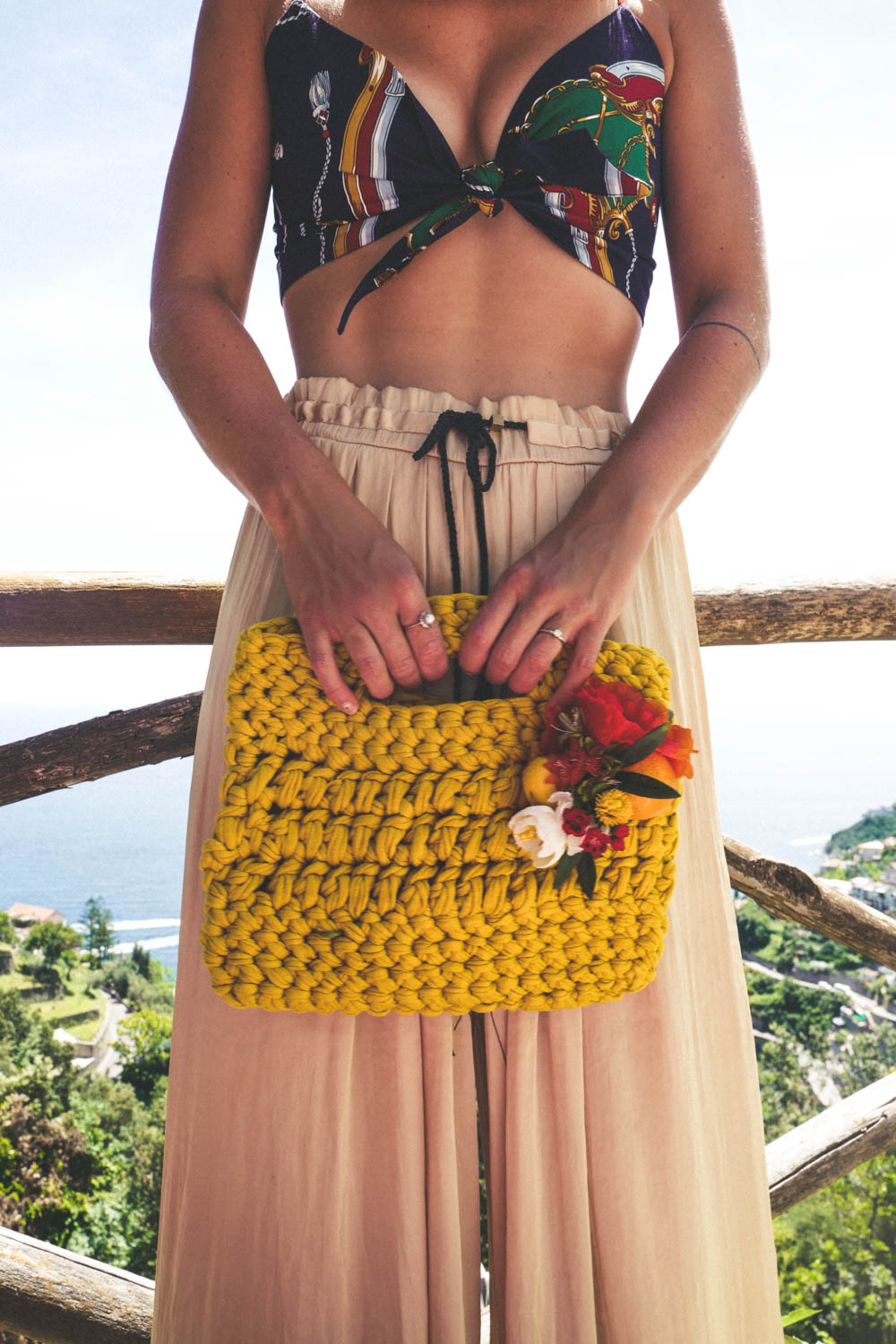 WeAreFlowergirls_mutus_summerbag_Capri-Bag-€89,–-1220669.jpg