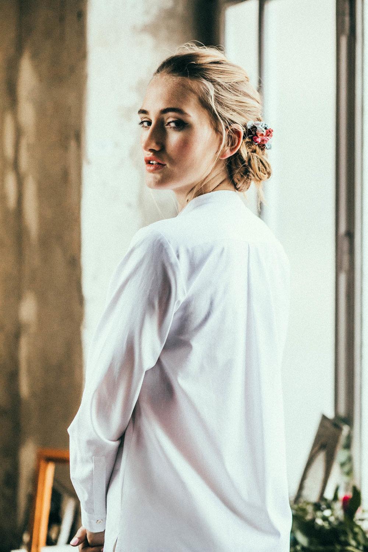 We-Are-Flowergirls_Lookbook_Flowercrown_Blumenkranz_SS17.1_c_Lupi-Spuma_Web_16.jpg