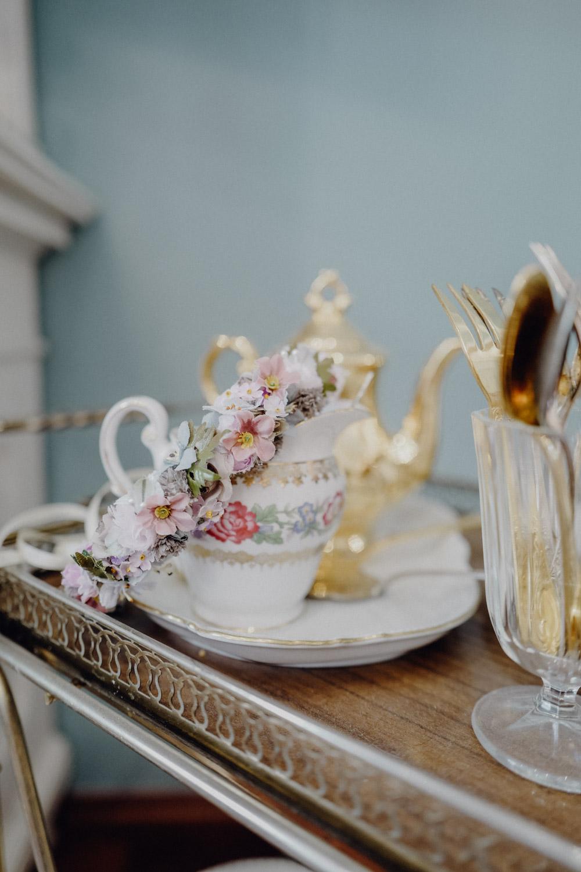 WeAreFlowergirls-Blumenkranz-Flowercrown-Hochzeit-Wedding-Flowers-BlumenL1340778.jpg