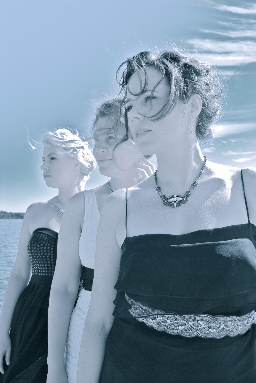 3 Ladies 3.jpg