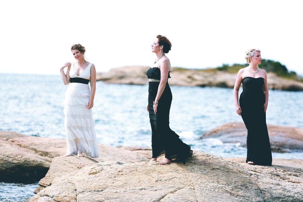 3 Ladies 8.jpg