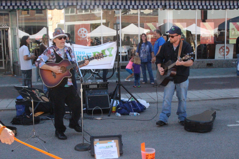 Jethro Easy Fields playing for change