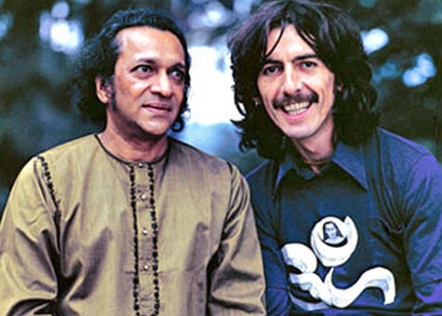 Harrison with his mentor Ravi Shankar. (photo courtesy of laccotura.com)