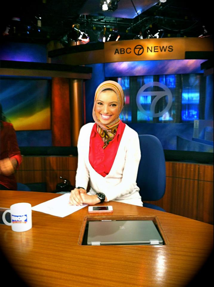 The famous photo Tagouri posted of herself behind the ABC News anchor desk.