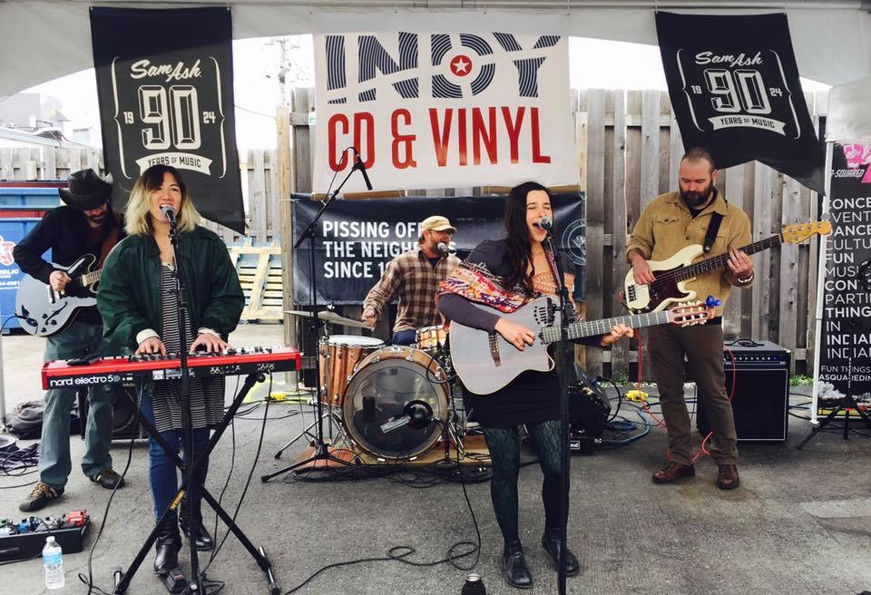 Sarah Grain & the Billions of Stars performing at Record Store Day. (Photo courtesy of Sarah Grain & The Billions of Stars Facebook page.)