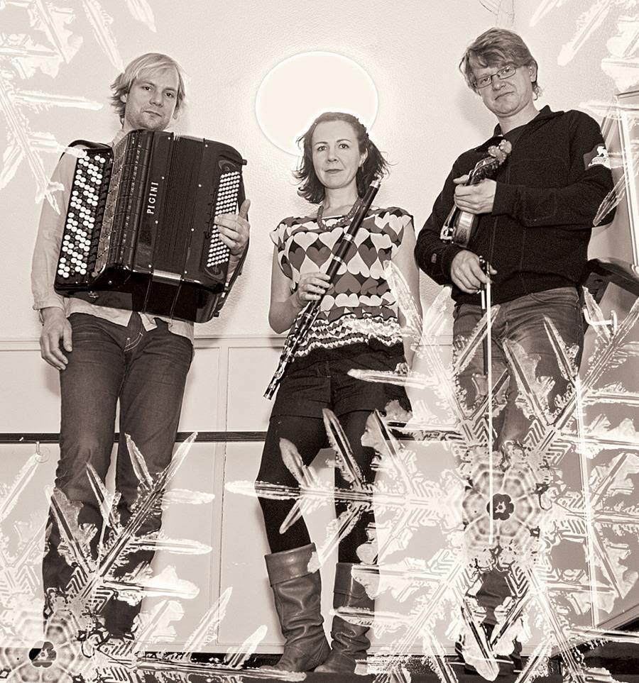 Snowflake Trio.jpg