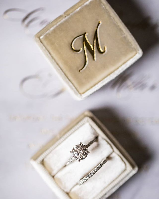 It doesn't get much more lovely than this. photography @annkamphoto stationery @toochiclittleshab ring box @the_mrs_box