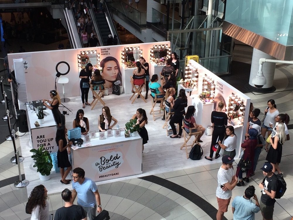 The finished setup in-field at the Eaton Centre, Toronto.