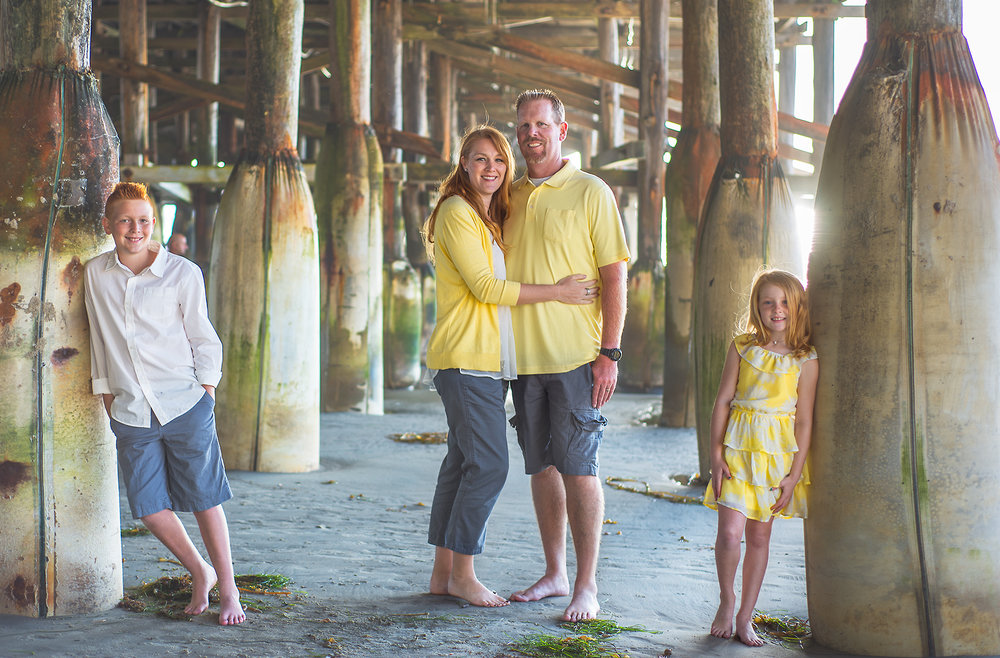 Family, San Diego, Yellow, Family of 4, Crystal Pier, Bare feet, Beach