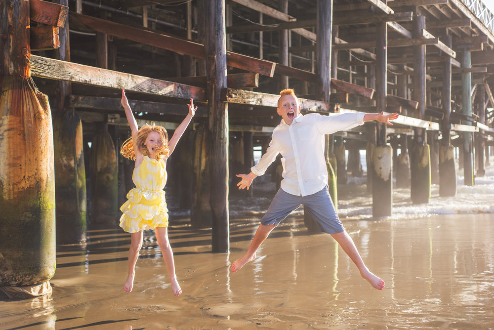 Family, San Diego, Yellow, Siblings, Jumping, Crystal Pier, Bare feet, Beach