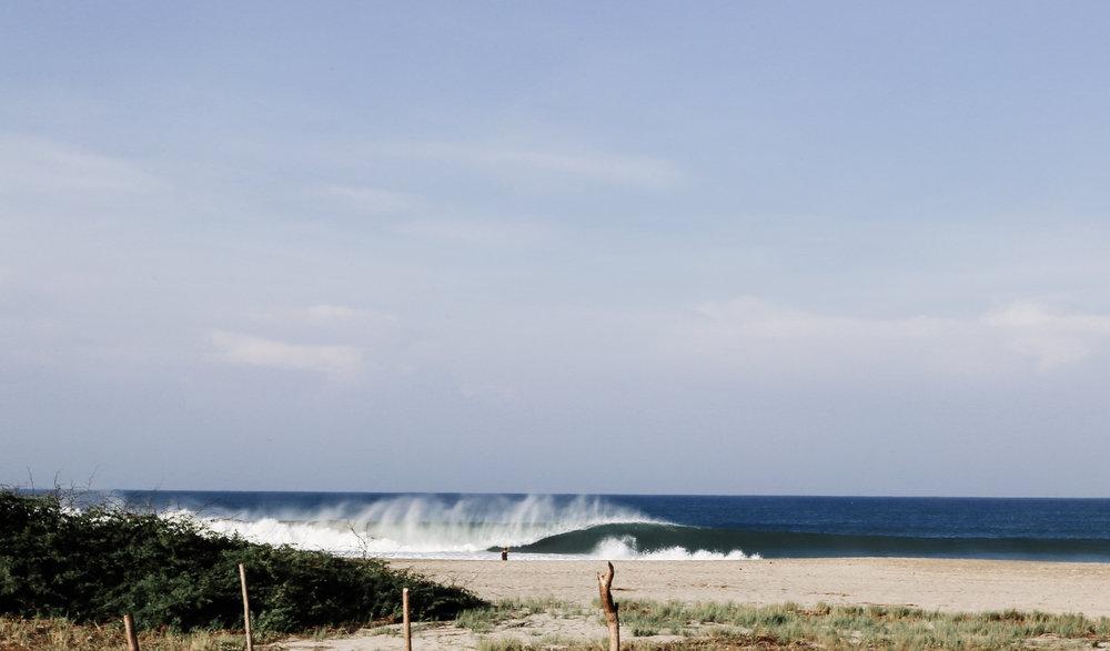 Puerto escondido mexico the wave provocateur beach zicatela