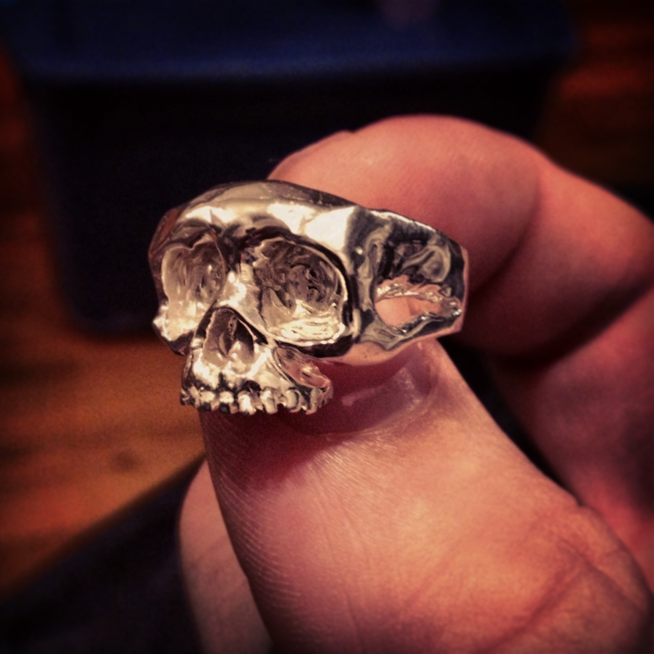 This new small skull ring is available.