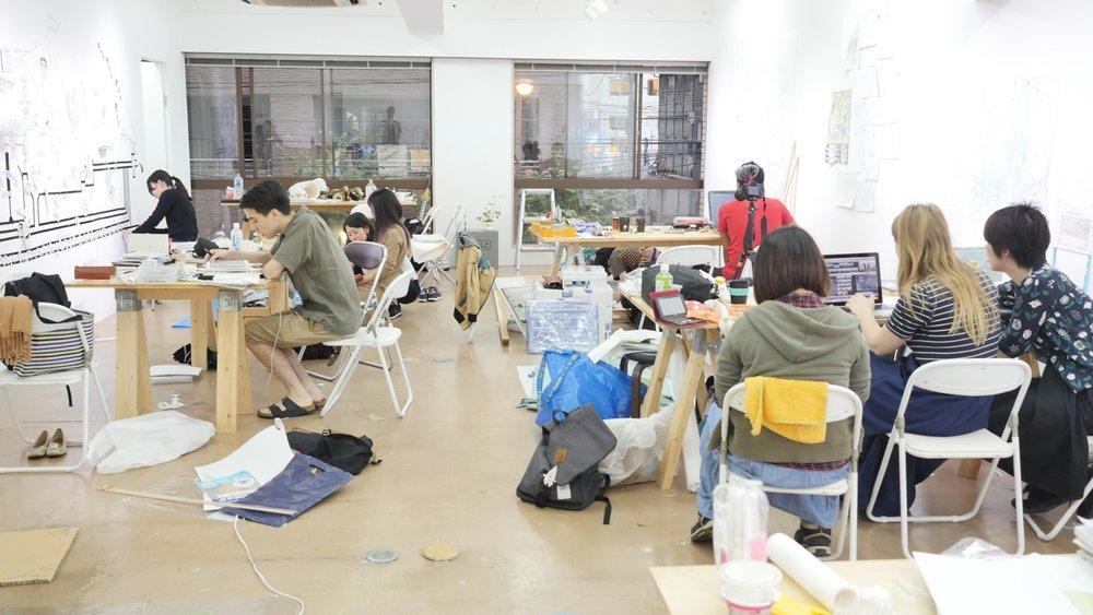 Teams working in the 3331 Arts Chiyoda Nishikicho studio.