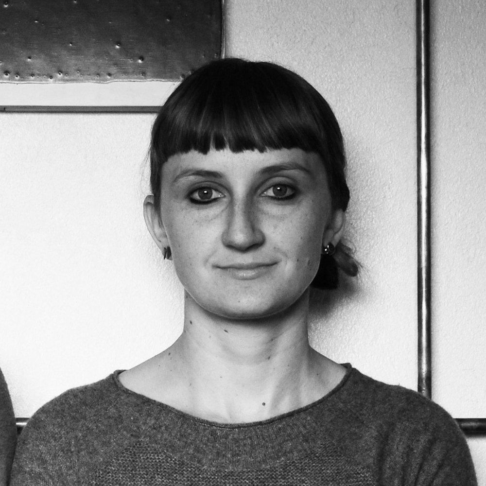 Dr Zuzana Kovar