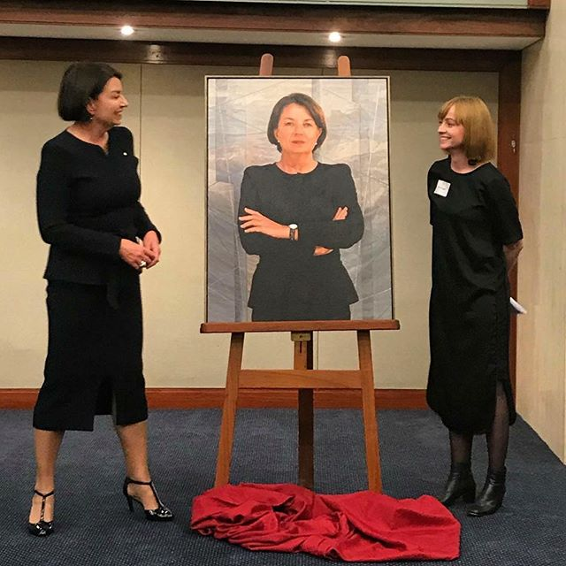 The Hon. Anna Bligh AC and Dr Julie Fragar with the portrait.