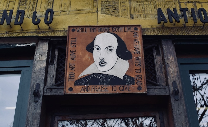 Kennedy_Knausgaard_Shakespeare & Company, Paris.jpg
