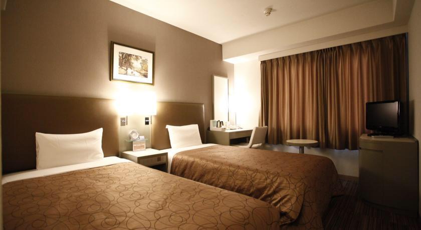 Image via Booking.com