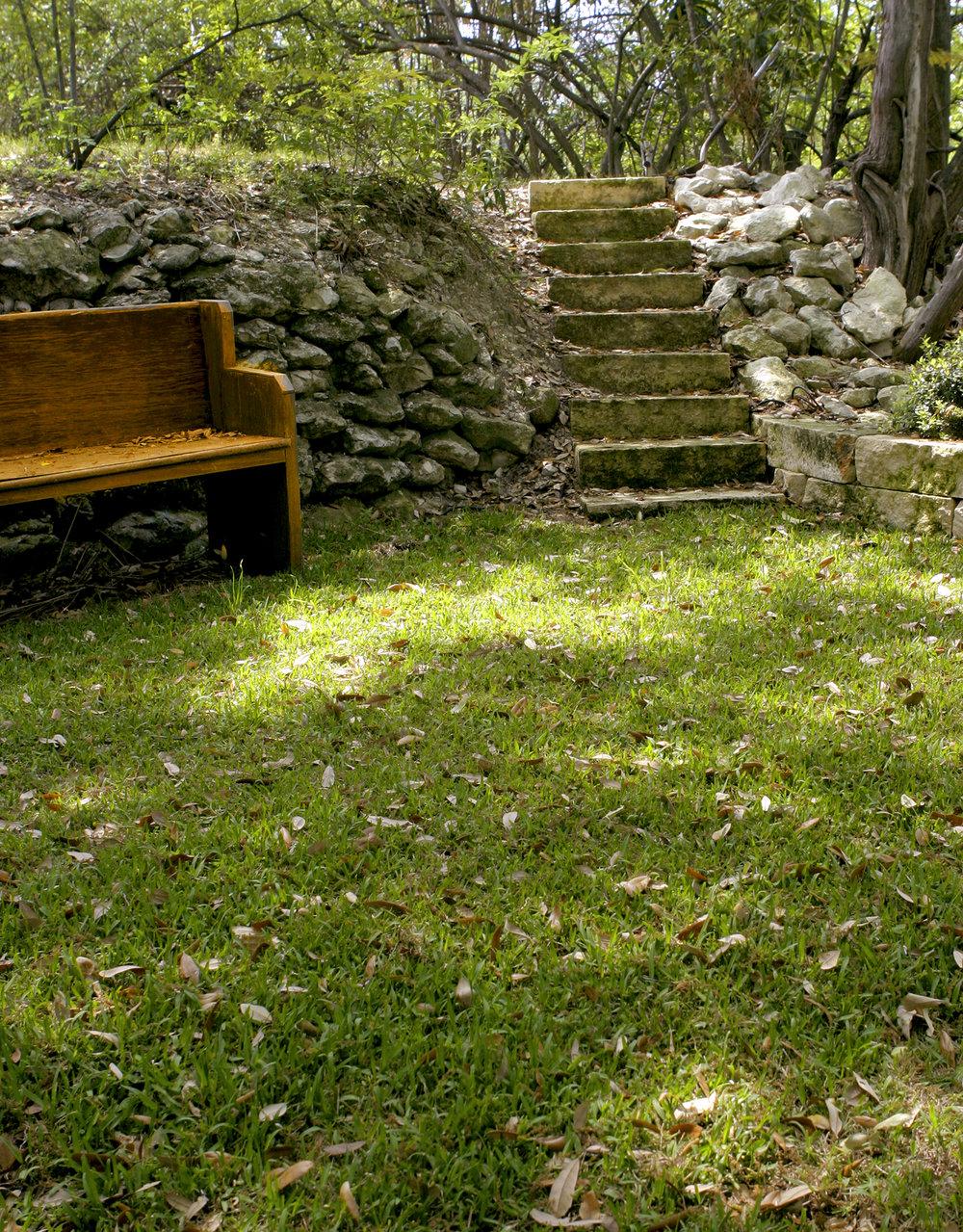 bench&steps.jpg