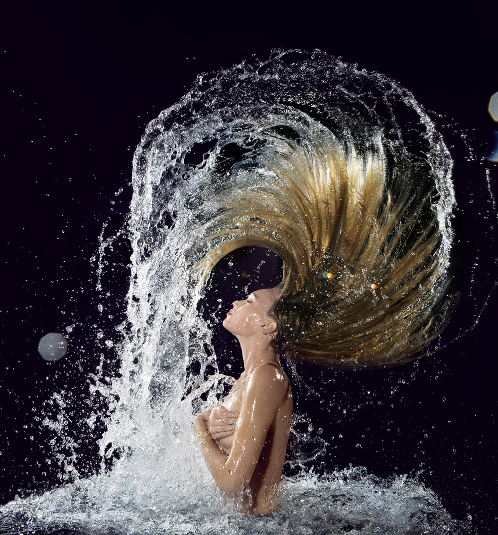 Underwater Hair, Fashion and Beauty Images edited @ Thomas Canny Studio.jpg