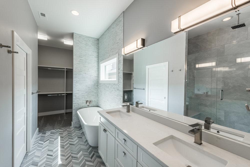 50 S Jackson Street-print-020-29-Master Bathroom-4200x2804-300dpi.jpg