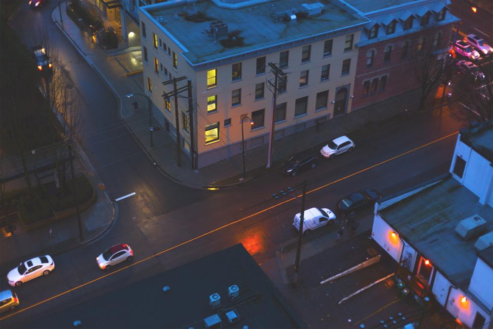 Van_at_night.jpg
