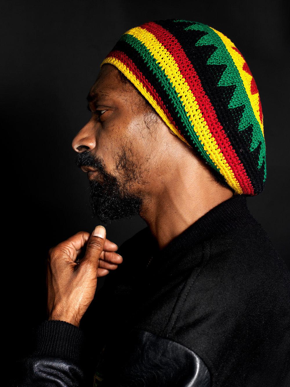 Snoop Dogg's portrait.