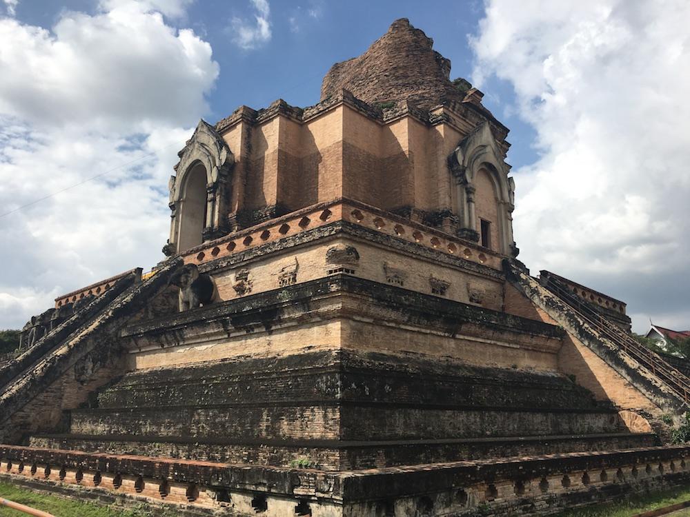 Chiang Mai Temple De Wat Chedi Luang