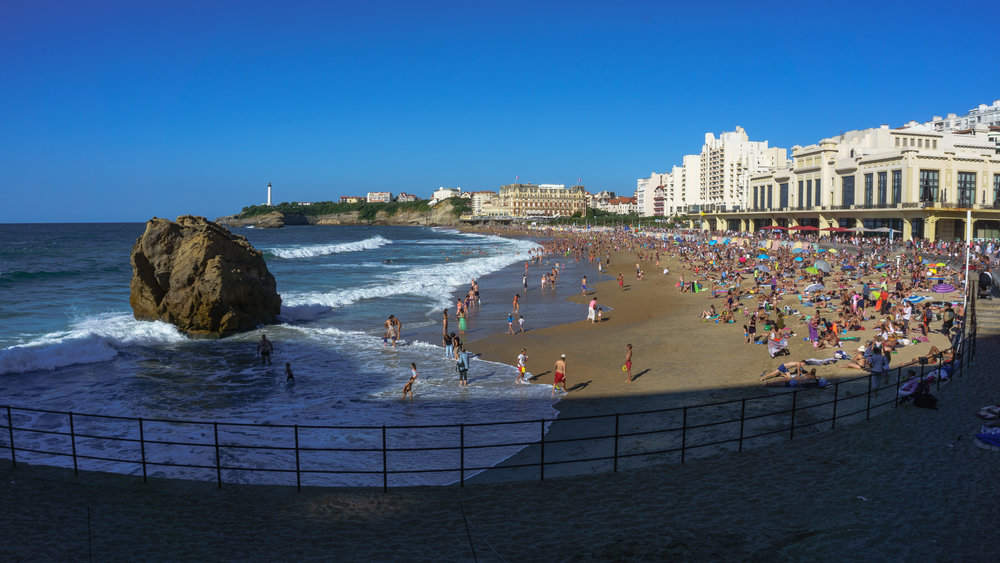 A crowded beach in Biarritz, France. Photo by Kalen Sutherland