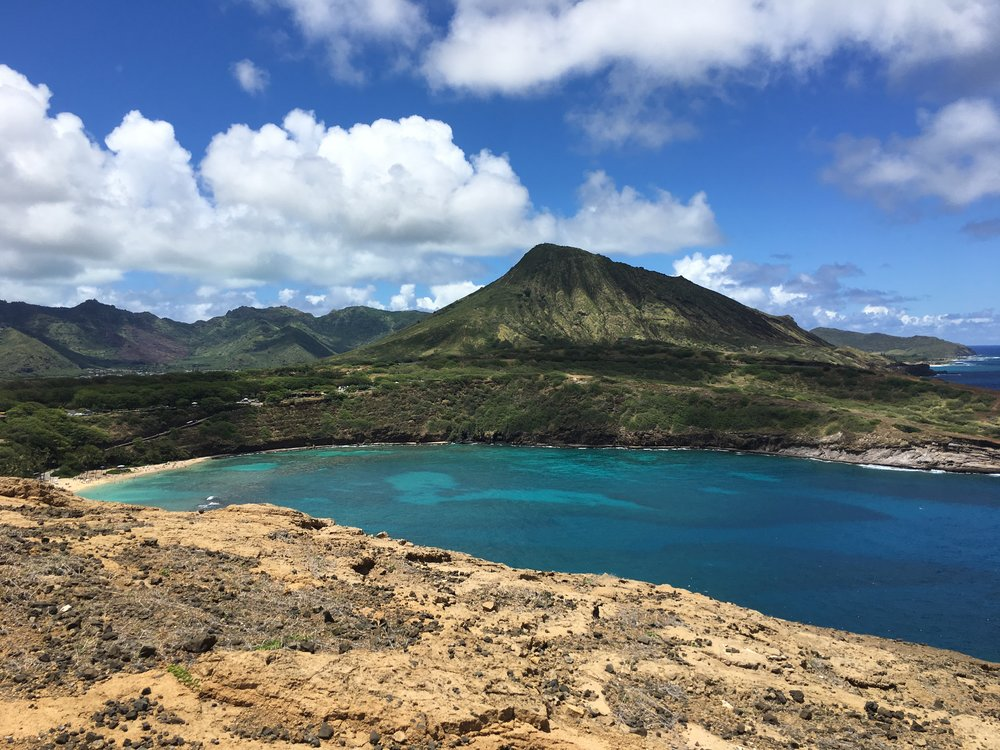 Hiking Hanauma Bay