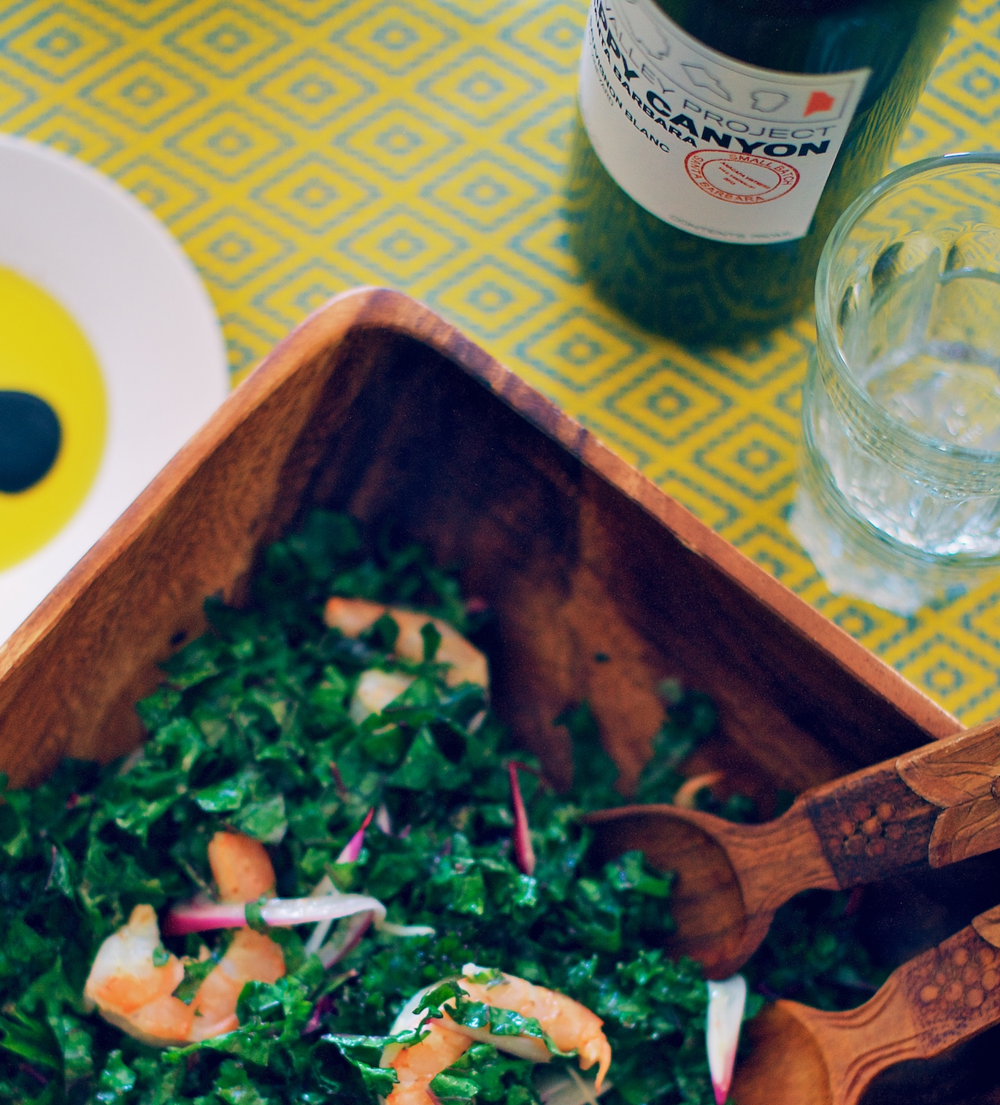 Belly Food Style | Food Stylist | Shrimp, Red Onion & Purple Kale 'Caesar' Salad