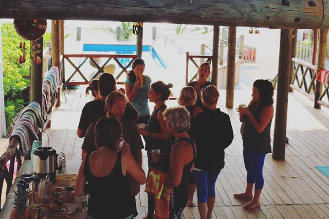 Early morning yoga, ocean breeze, conversations with neighbors & fellow travelers, and some pretty fantastic chocolate donuts too 🍩😋 #thankful #puertomorelosyoga #palapayogasessions #yogaanddonuts
