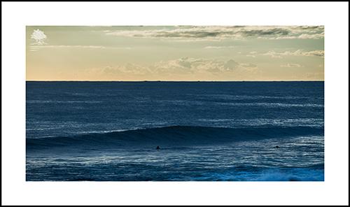 WEIGHTLESS IN THE SEA.jpg
