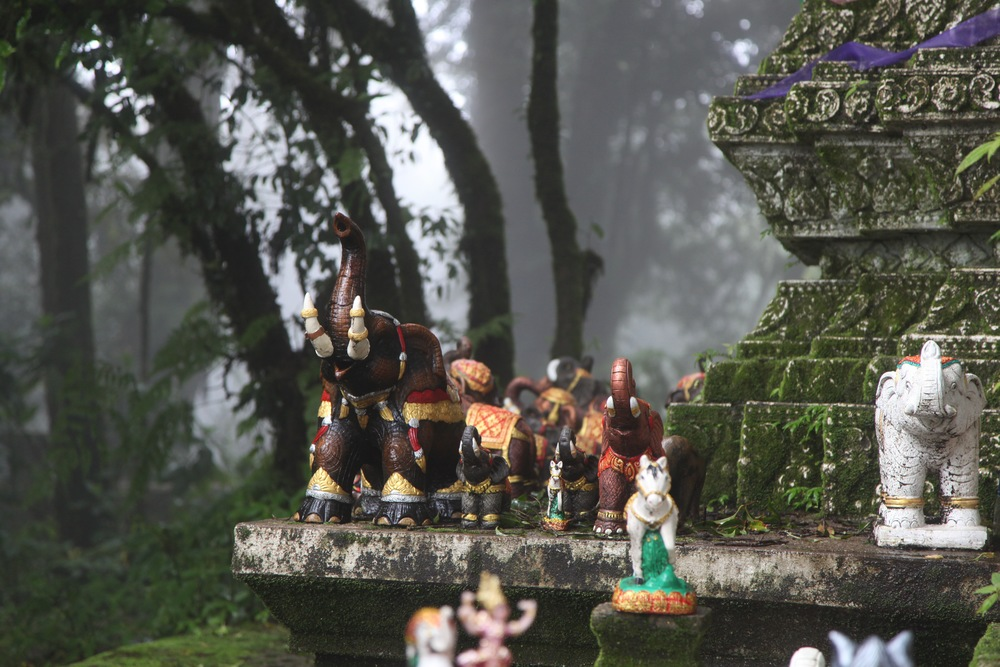 people place statues as gifts for the spirits of the shrine