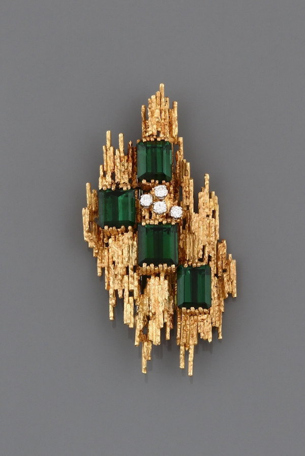 A 1960s Gold, Tourmaline and diamond brooch by Andrew Grima, from J. Baptista, Lda.jpg