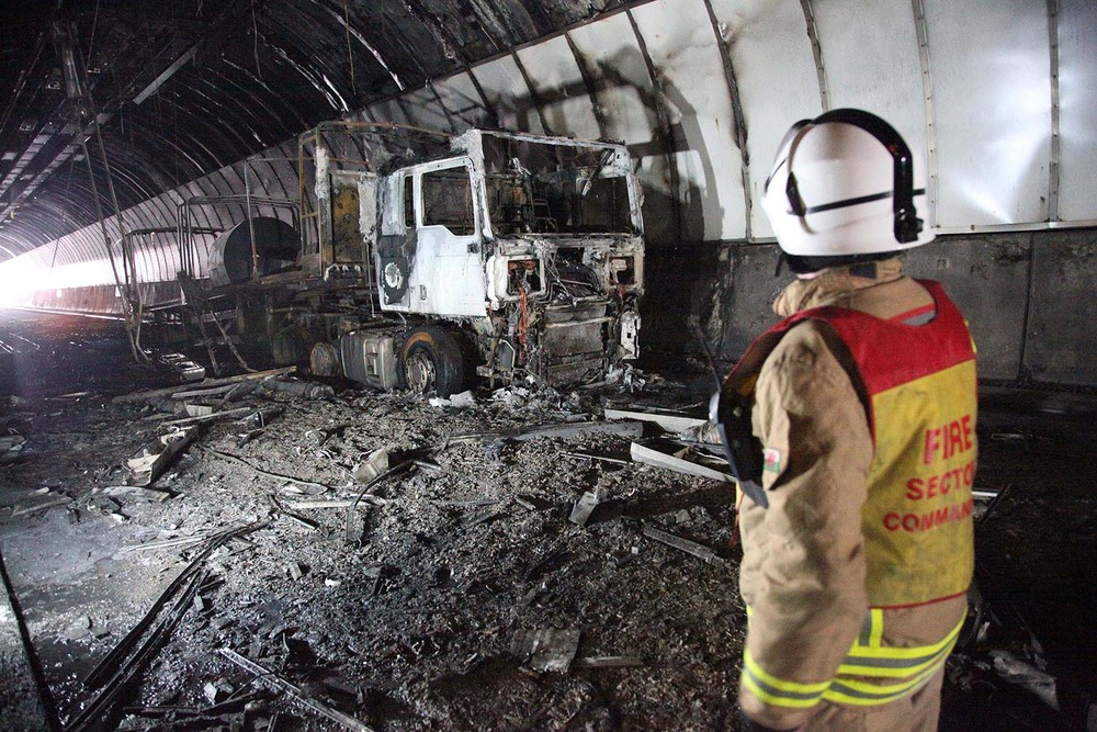 M4 Brynglas Tunnels Lorry Fire