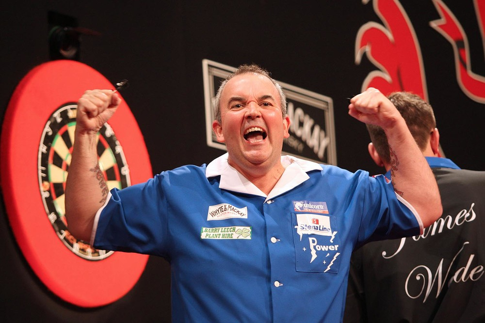 Phil Taylor celebrates his win