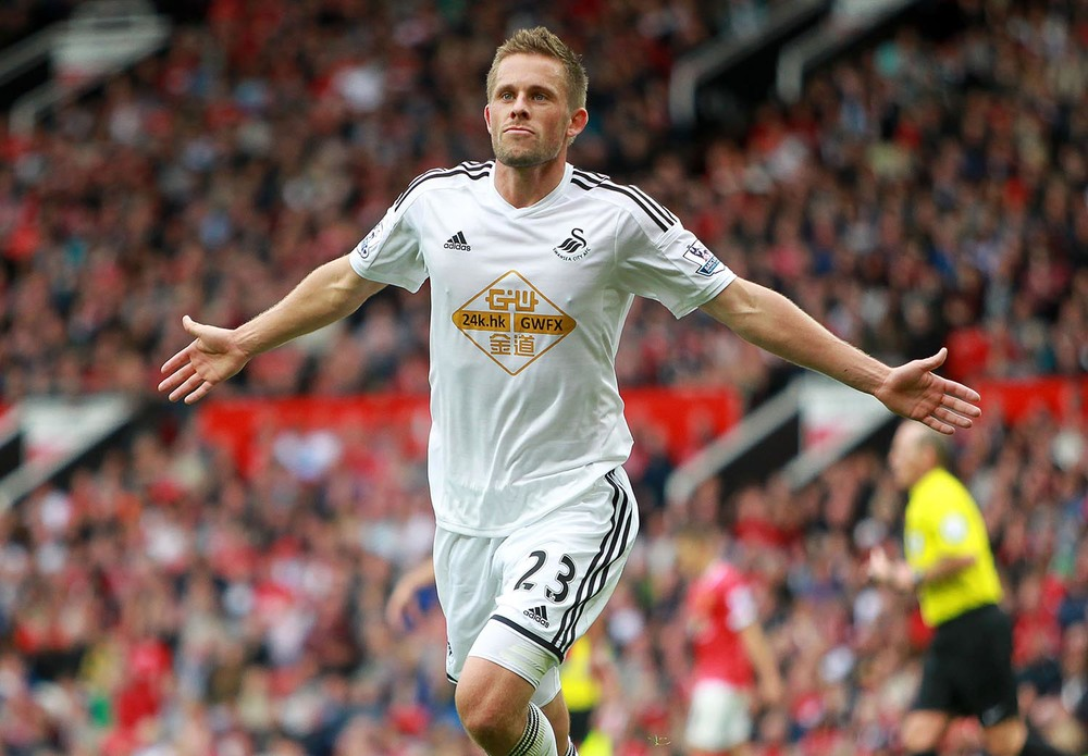 Gylfi Sigurdsson of Swansea City celebrates scoring