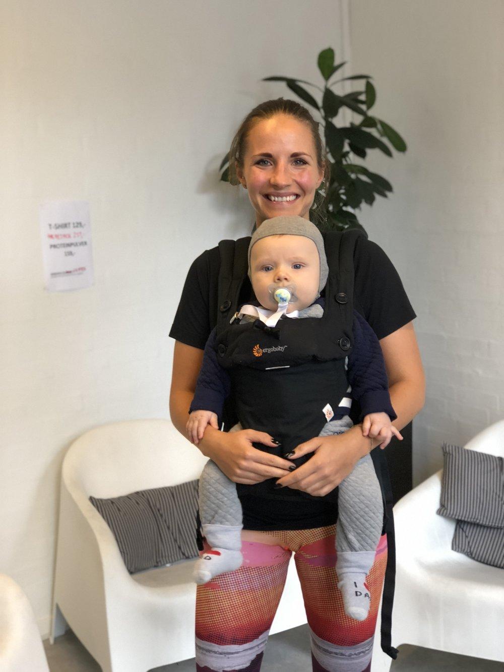 mor baby bootcamp efterfødselstræning vægttabsforløb viby j rissikov aarhus kvinder morfedt mødre kostvejledning