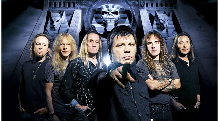 iron_maiden_band_members_look_pyramid_2072_3840x2160.jpg