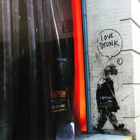 #lovedrunk #grafitti #westchelseabldg #526w26 #exterior #nyc #thoughtbubble #illustration #love #art
